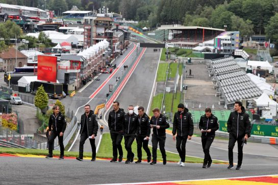Esteban Ocon (FRA) Alpine F1 Team walks the circuit with the team. 26.08.2021. Formula 1 World Championship, Rd 12, Belgian Grand Prix, Spa Francorchamps, Belgium, Preparation Day. - www.xpbimages.com, EMail: requests@xpbimages.com © Copyright: Moy / XPB Images