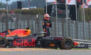 Verstappen narrowly top in Belgian FP2 before crash