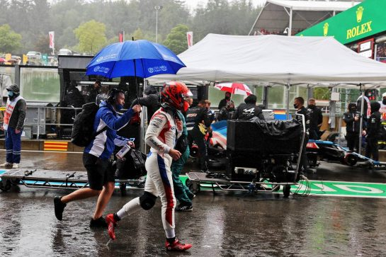 Nikita Mazepin (RUS) Haas F1 Team in the pits as the race is suspended. 29.08.2021. Formula 1 World Championship, Rd 12, Belgian Grand Prix, Spa Francorchamps, Belgium, Race Day. - www.xpbimages.com, EMail: requests@xpbimages.com © Copyright: Moy / XPB Images