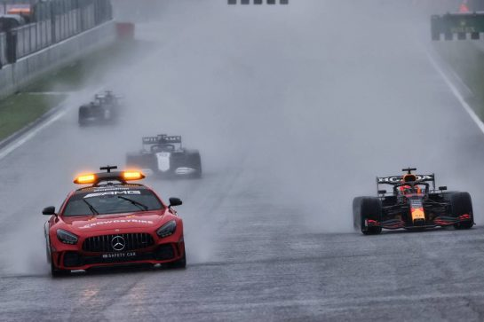 Max Verstappen (NLD) Red Bull Racing RB16B leads behind the Mercedes FIA Safety Car. 29.08.2021. Formula 1 World Championship, Rd 12, Belgian Grand Prix, Spa Francorchamps, Belgium, Race Day. - www.xpbimages.com, EMail: requests@xpbimages.com © Copyright: Charniaux / XPB Images