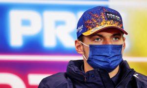 Verstappen: Hamilton's experience not an 'advantage' in title fight