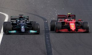 Ferrari questions 'differences of attitude' towards Mercedes in engine intrigue