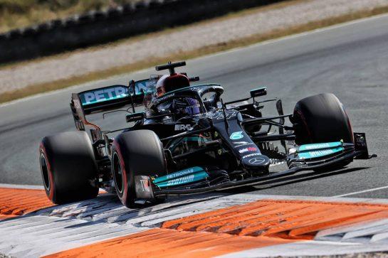 Lewis Hamilton (GBR) Mercedes AMG F1 W12. 04.09.2021. Formula 1 World Championship, Rd 13, Dutch Grand Prix, Zandvoort, Netherlands, Qualifying Day. - www.xpbimages.com, EMail: requests@xpbimages.com © Copyright: Batchelor / XPB Images