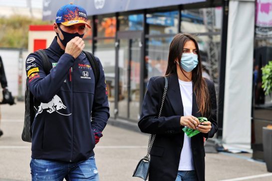 Max Verstappen (NLD) Red Bull Racing with his girlfriend Kelly Piquet (BRA). 04.09.2021. Formula 1 World Championship, Rd 13, Dutch Grand Prix, Zandvoort, Netherlands, Qualifying Day. - www.xpbimages.com, EMail: requests@xpbimages.com © Copyright: Moy / XPB Images