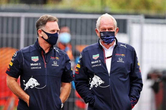 (L to R): Christian Horner (GBR) Red Bull Racing Team Principal with Dr Helmut Marko (AUT) Red Bull Motorsport Consultant. 04.09.2021. Formula 1 World Championship, Rd 13, Dutch Grand Prix, Zandvoort, Netherlands, Qualifying Day. - www.xpbimages.com, EMail: requests@xpbimages.com © Copyright: Moy / XPB Images