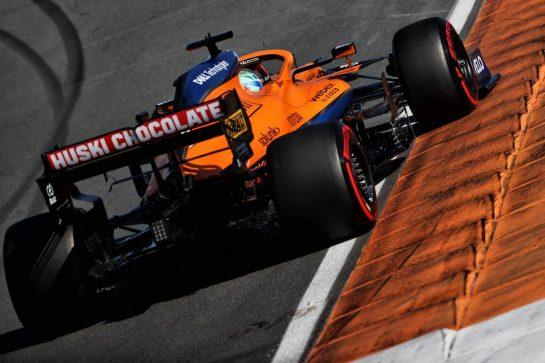 Daniel Ricciardo (AUS) McLaren MCL35M. 04.09.2021. Formula 1 World Championship, Rd 13, Dutch Grand Prix, Zandvoort, Netherlands, Qualifying Day. - www.xpbimages.com, EMail: requests@xpbimages.com © Copyright: Batchelor / XPB Images
