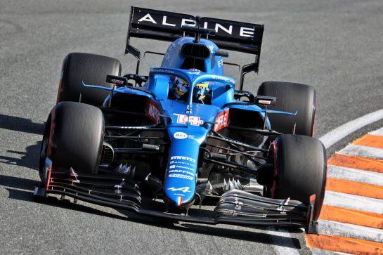 Fernando Alonso (ESP) Alpine F1 Team A521. 04.09.2021. Formula 1 World Championship, Rd 13, Dutch Grand Prix, Zandvoort, Netherlands, Qualifying Day. - www.xpbimages.com, EMail: requests@xpbimages.com © Copyright: Charniaux / XPB Images