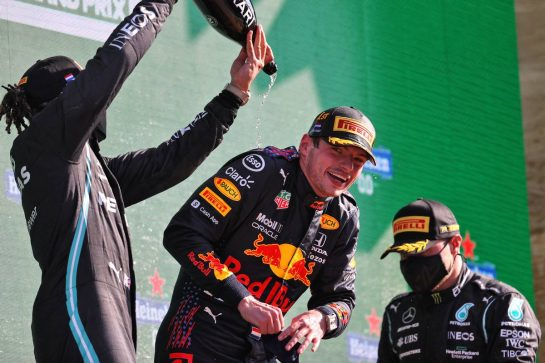 The podium (L to R): Lewis Hamilton (GBR) Mercedes AMG F1, second; Max Verstappen (NLD) Red Bull Racing, race winner; Valtteri Bottas (FIN) Mercedes AMG F1, third. 05.09.2021. Formula 1 World Championship, Rd 13, Dutch Grand Prix, Zandvoort, Netherlands, Race Day. - www.xpbimages.com, EMail: requests@xpbimages.com © Copyright: Moy / XPB Images