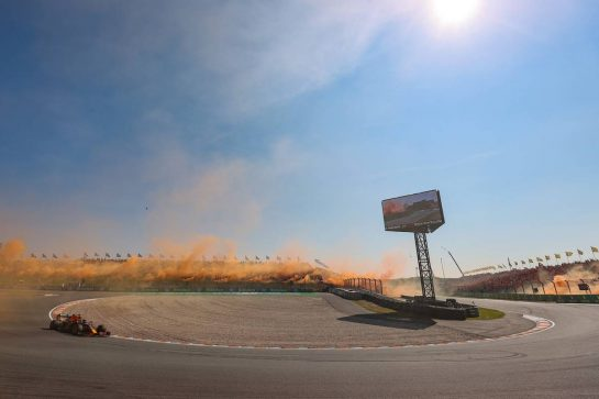 Max Verstappen (NLD), Red Bull Racing 05.09.2021. Formula 1 World Championship, Rd 13, Dutch Grand Prix, Zandvoort, Netherlands, Race Day.- www.xpbimages.com, EMail: requests@xpbimages.com © Copyright: Charniaux / XPB Images