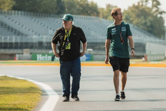 Sebastian Vettel (GER) Aston Martin F1 Team walks the circuit with his father Norbert Vettel (GER). 09.09.2021. Formula 1 World Championship, Rd 14, Italian Grand Prix, Monza, Italy, Preparation Day. - www.xpbimages.com, EMail: requests@xpbimages.com © Copyright: Bearne / XPB Images