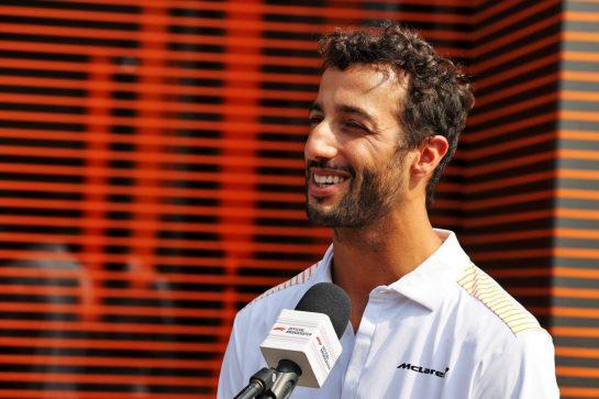 Daniel Ricciardo (AUS) McLaren. 09.09.2021. Formula 1 World Championship, Rd 14, Italian Grand Prix, Monza, Italy, Preparation Day. - www.xpbimages.com, EMail: requests@xpbimages.com © Copyright: Moy / XPB Images