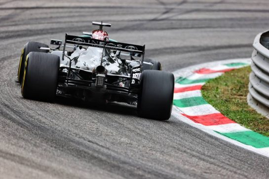Lewis Hamilton (GBR) Mercedes AMG F1 W12. 10.09.2021. Formula 1 World Championship, Rd 14, Italian Grand Prix, Monza, Italy, Qualifying Day. - www.xpbimages.com, EMail: requests@xpbimages.com © Copyright: Charniaux / XPB Images
