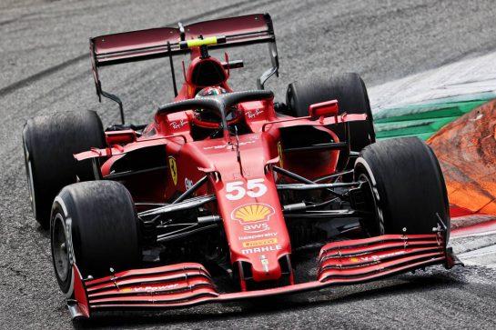 Carlos Sainz Jr (ESP) Ferrari SF-21. 10.09.2021. Formula 1 World Championship, Rd 14, Italian Grand Prix, Monza, Italy, Qualifying Day. - www.xpbimages.com, EMail: requests@xpbimages.com © Copyright: Batchelor / XPB Images