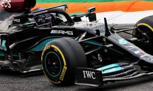 Hamilton leads Verstappen in opening practice at Monza