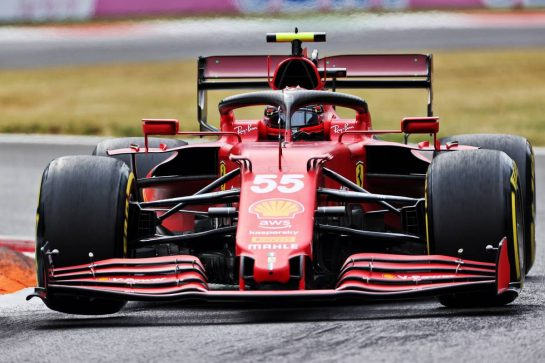 Carlos Sainz Jr (ESP) Ferrari SF-21. 10.09.2021. Formula 1 World Championship, Rd 14, Italian Grand Prix, Monza, Italy, Qualifying Day. - www.xpbimages.com, EMail: requests@xpbimages.com © Copyright: Charniaux / XPB Images