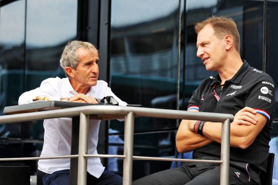 (L to R): Alain Prost (FRA) Alpine F1 Team Non-Executive Director with Laurent Rossi (FRA) Alpine Chief Executive Officer. 10.09.2021. Formula 1 World Championship, Rd 14, Italian Grand Prix, Monza, Italy, Qualifying Day. - www.xpbimages.com, EMail: requests@xpbimages.com © Copyright: Moy / XPB Images