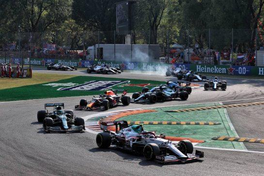 Antonio Giovinazzi (ITA) Alfa Romeo Racing C41. 11.09.2021. Formula 1 World Championship, Rd 14, Italian Grand Prix, Monza, Italy, Sprint Day. - www.xpbimages.com, EMail: requests@xpbimages.com © Copyright: Batchelor / XPB Images