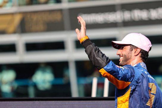 Daniel Ricciardo (AUS), McLaren F1 Team 11.09.2021. Formula 1 World Championship, Rd 14, Italian Grand Prix, Monza, Italy, Sprint Day.- www.xpbimages.com, EMail: requests@xpbimages.com © Copyright: Charniaux / XPB Images