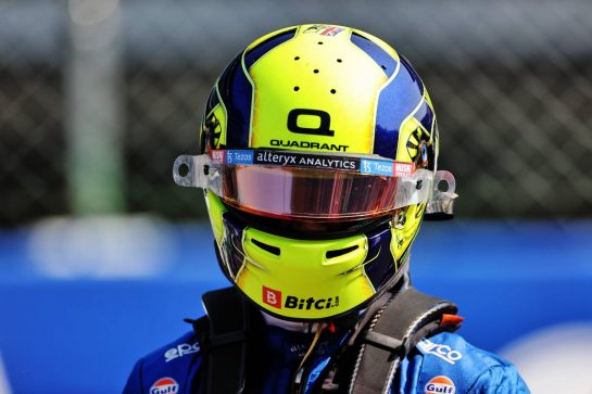 Lando Norris (GBR) McLaren on the grid. 12.09.2021. Formula 1 World Championship, Rd 14, Italian Grand Prix, Monza, Italy, Race Day. - www.xpbimages.com, EMail: requests@xpbimages.com © Copyright: Charniaux / XPB Images