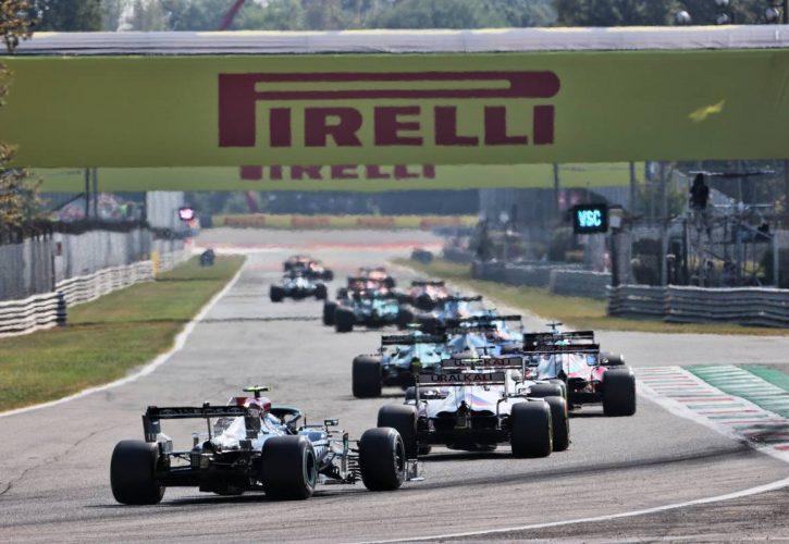 Valtteri Bottas (FIN) Mercedes AMG F1 W12 at the start of the race. 12.09.2021. Formula 1 World Championship, Rd 14, Italian Grand Prix, Monza