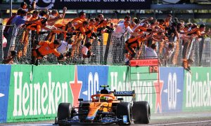 Lando Norris (GBR) McLaren MCL35M celebrates his second position as he passes the team at the end of the race. 12.09.2021. Formula 1 World Championship, Rd 14, Italian Grand Prix, Monza