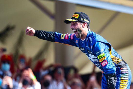 Daniel Ricciardo (AUS), McLaren F1 Team 12.09.2021. Formula 1 World Championship, Rd 14, Italian Grand Prix, Monza, Italy, Race Day.- www.xpbimages.com, EMail: requests@xpbimages.com © Copyright: Charniaux / XPB Images