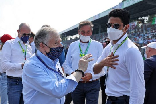 Jean Todt (FRA) FIA President with Nasser Al-Khelaifi (QAT) President of Paris Saint-Germain on the grid. 12.09.2021. Formula 1 World Championship, Rd 14, Italian Grand Prix, Monza, Italy, Race Day. - www.xpbimages.com, EMail: requests@xpbimages.com © Copyright: Moy / XPB Images
