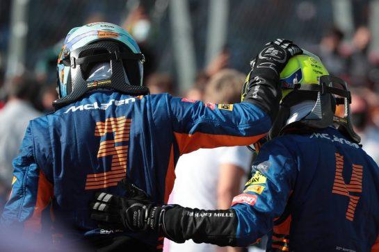 Daniel Ricciardo (AUS) McLaren MCL35M and Lando Norris (GBR) McLaren MCL35M.12.09.2021. Formula 1 World Championship, Rd 14, Italian Grand Prix, Monza, Italy, Race Day.- www.xpbimages.com, EMail: requests@xpbimages.com © Copyright: XPB Images