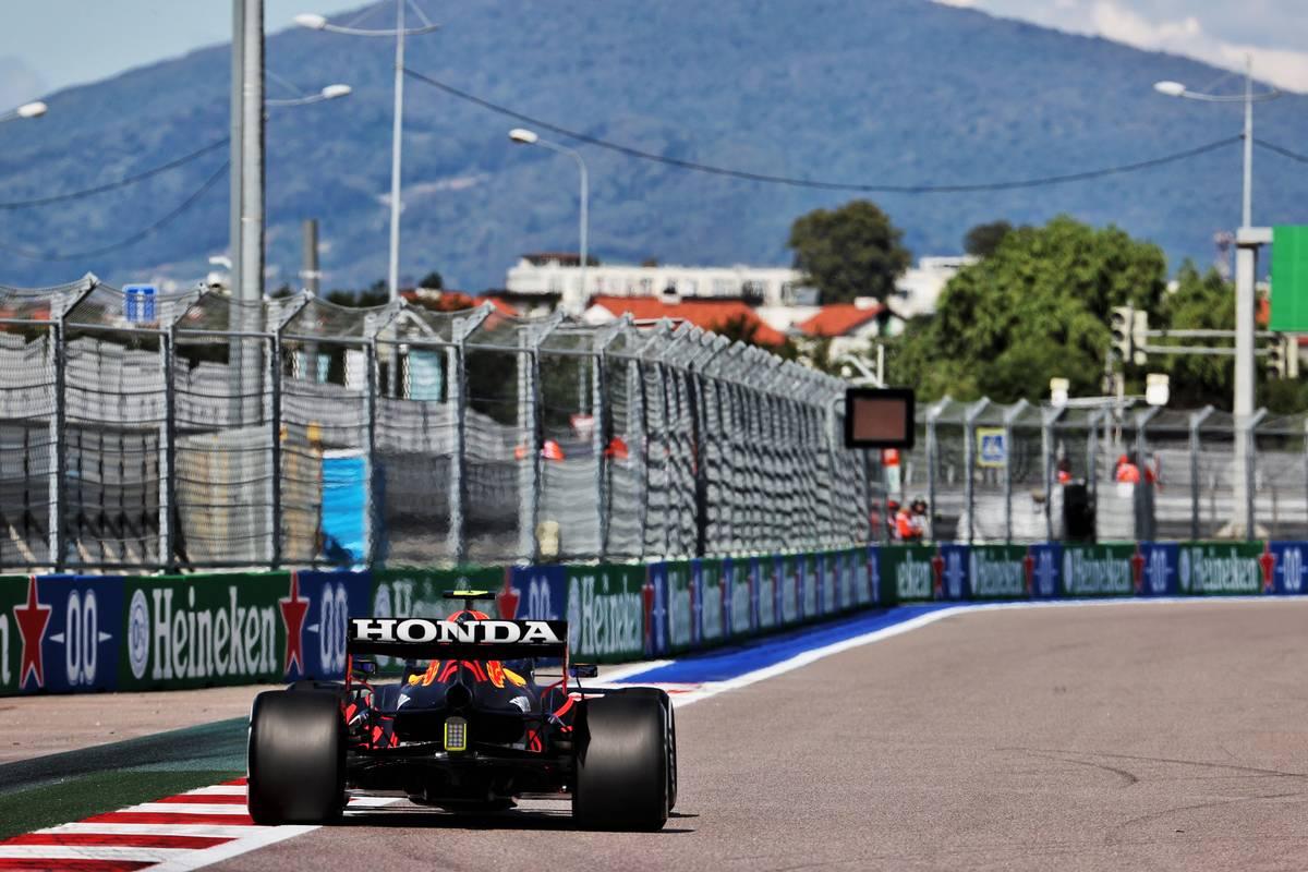 Sergio Perez (MEX) Red Bull Racing RB16B. 24.09.2021. Formula 1 World Championship, Rd 15, Russian Grand Prix, Sochi