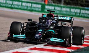 Hamilton: Focus on '22 blocked development push of W12