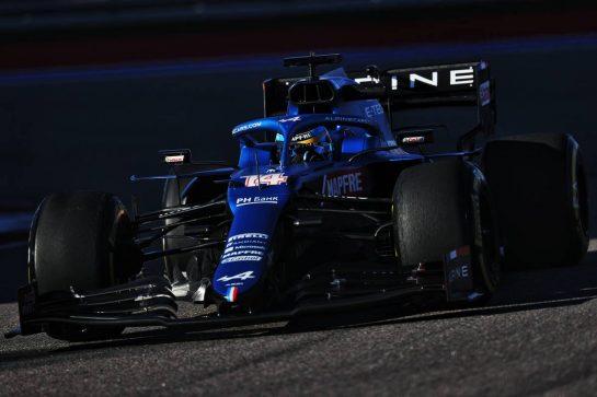 Fernando Alonso (ESP) Alpine F1 Team A521. 24.09.2021. Formula 1 World Championship, Rd 15, Russian Grand Prix, Sochi Autodrom, Sochi, Russia, Practice Day. - www.xpbimages.com, EMail: requests@xpbimages.com © Copyright: Moy / XPB Images