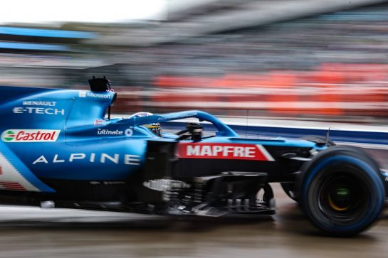 Fernando Alonso (ESP) Alpine F1 Team A521 leaves the pits. 25.09.2021. Formula 1 World Championship, Rd 15, Russian Grand Prix, Sochi Autodrom, Sochi, Russia, Qualifying Day. - www.xpbimages.com, EMail: requests@xpbimages.com © Copyright: Charniaux / XPB Images
