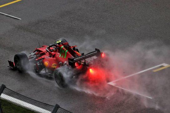 Carlos Sainz Jr (ESP) Ferrari SF-21. 25.09.2021. Formula 1 World Championship, Rd 15, Russian Grand Prix, Sochi Autodrom, Sochi, Russia, Qualifying Day. - www.xpbimages.com, EMail: requests@xpbimages.com © Copyright: Moy / XPB Images