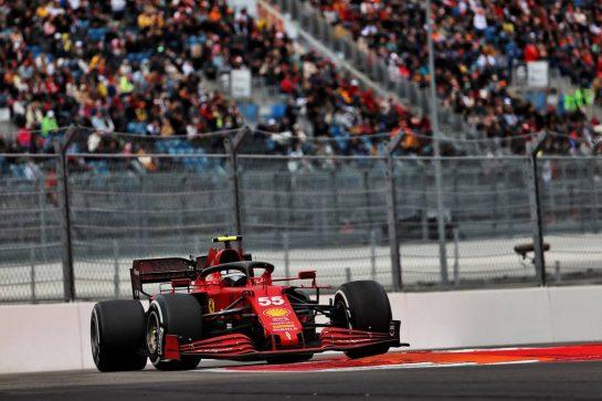 Carlos Sainz Jr (ESP) Ferrari SF-21. 26.09.2021. Formula 1 World Championship, Rd 15, Russian Grand Prix, Sochi Autodrom, Sochi, Russia, Race Day. - www.xpbimages.com, EMail: requests@xpbimages.com © Copyright: Batchelor / XPB Images