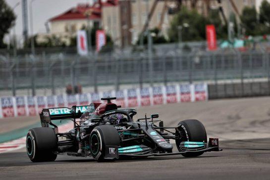 Lewis Hamilton (GBR) Mercedes AMG F1 W12. 26.09.2021. Formula 1 World Championship, Rd 15, Russian Grand Prix, Sochi Autodrom, Sochi, Russia, Race Day. - www.xpbimages.com, EMail: requests@xpbimages.com © Copyright: Batchelor / XPB Images