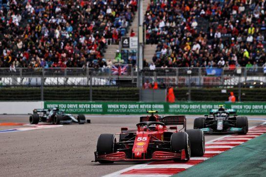 Carlos Sainz Jr (ESP) Ferrari SF-21. 26.09.2021. Formula 1 World Championship, Rd 15, Russian Grand Prix, Sochi Autodrom, Sochi, Russia, Race Day. - www.xpbimages.com, EMail: requests@xpbimages.com © Copyright: Moy / XPB Images
