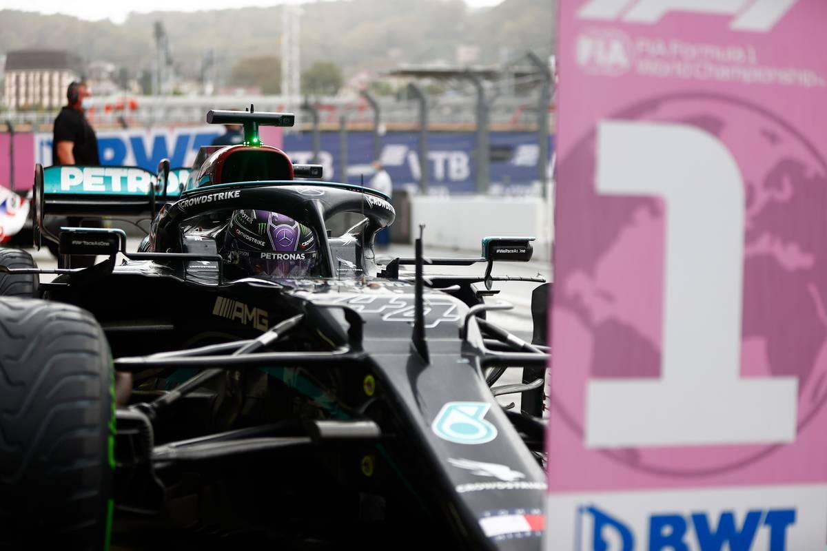 Race winner Lewis Hamilton (GBR) Mercedes AMG F1 W12 in parc ferme. 26.09.2021. Formula 1 World Championship, Rd 15, Russian Grand Prix, Sochi