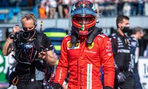 Sainz: Confidence took big hit after 'weird' FP2 crash