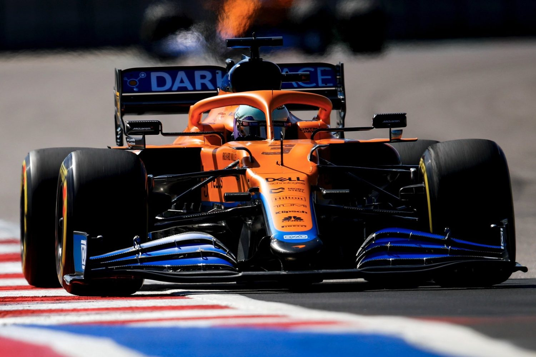 Ricciardo looking at glass half full despite 'messy' Friday