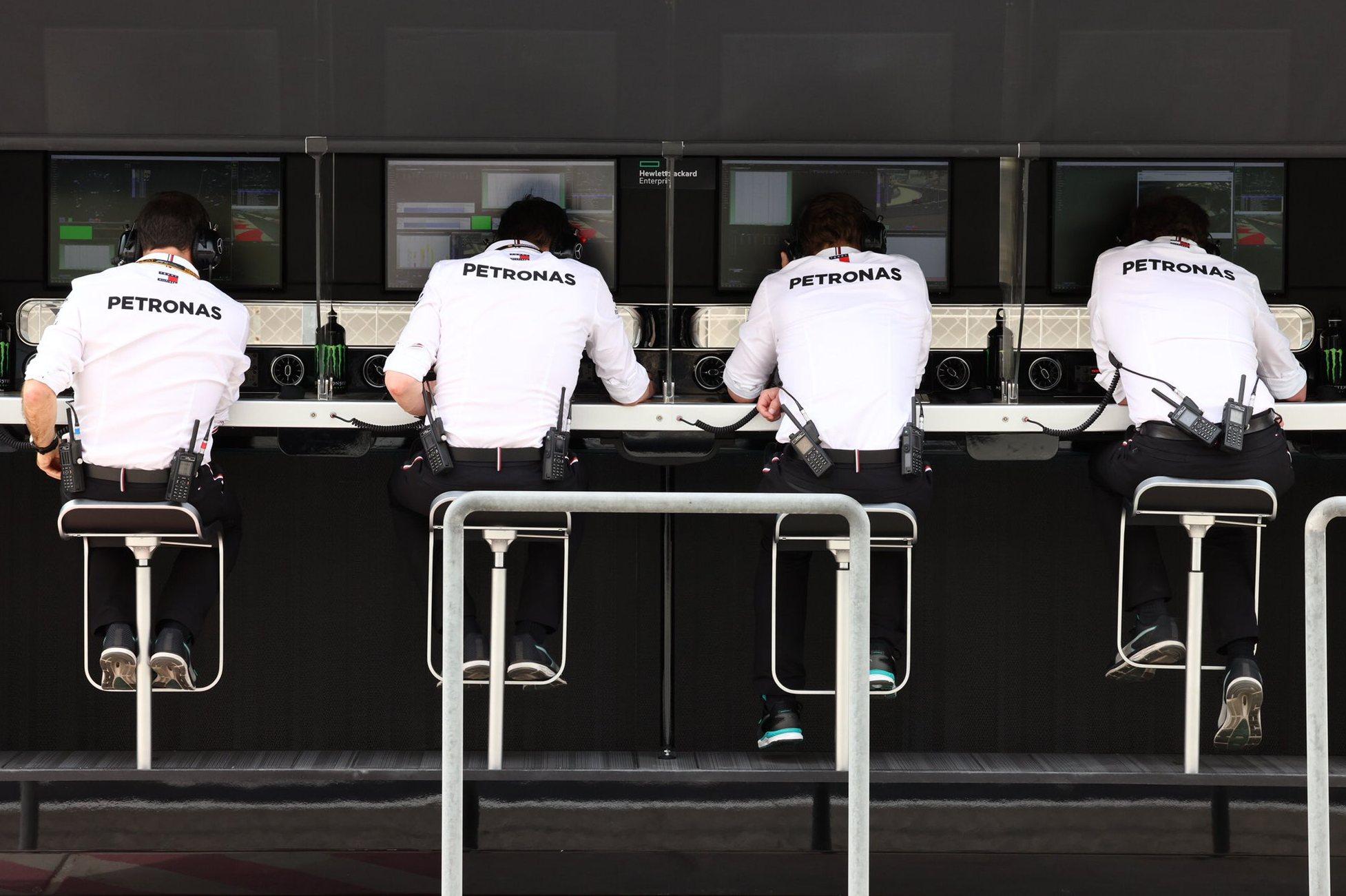 Mercedes oozing 'calm determination' ahead of Russian GP