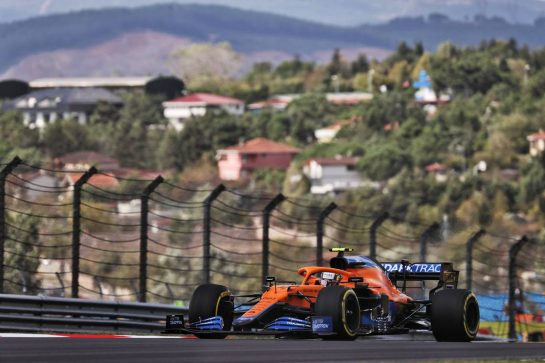 Lando Norris (GBR) McLaren MCL35M. 08.10.2021 Formula 1 World Championship, Rd 16, Turkish Grand Prix, Istanbul, Turkey, Practice Day. - www.xpbimages.com, EMail: requests@xpbimages.com © Copyright: Batchelor / XPB Images