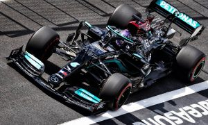 FP2: Hamilton remains in control from Leclerc and Bottas