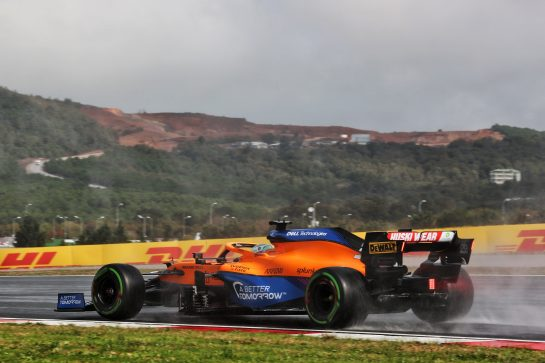 Daniel Ricciardo (AUS) McLaren MCL35M. 09.10.2021. Formula 1 World Championship, Rd 16, Turkish Grand Prix, Istanbul, Turkey, Qualifying Day. - www.xpbimages.com, EMail: requests@xpbimages.com © Copyright: Batchelor / XPB Images