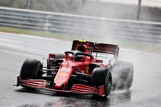 Carlos Sainz Jr (ESP) Ferrari SF-21. 09.10.2021. Formula 1 World Championship, Rd 16, Turkish Grand Prix, Istanbul, Turkey, Qualifying Day. - www.xpbimages.com, EMail: requests@xpbimages.com © Copyright: Batchelor / XPB Images