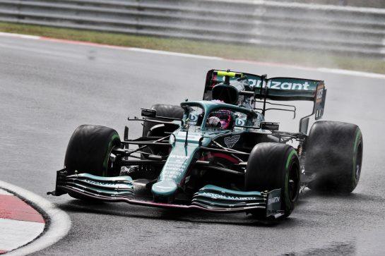 Sebastian Vettel (GER) Aston Martin F1 Team AMR21. 09.10.2021. Formula 1 World Championship, Rd 16, Turkish Grand Prix, Istanbul, Turkey, Qualifying Day. - www.xpbimages.com, EMail: requests@xpbimages.com © Copyright: Batchelor / XPB Images