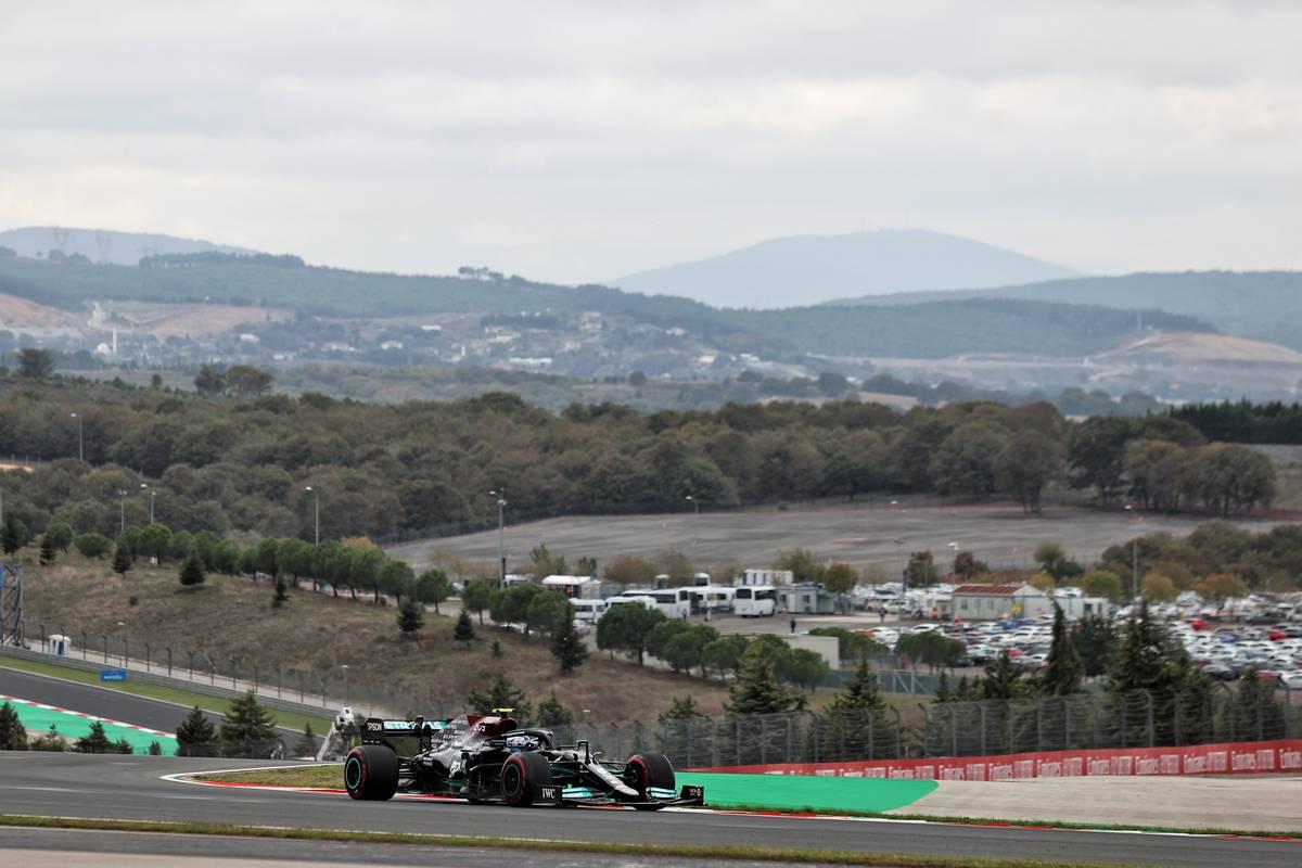 Valtteri Bottas (FIN) Mercedes AMG F1 W12.  09.10.2021.  Campeonato del Mundo de Fórmula 1, Rd 16, Gran Premio de Turquía, Estambul