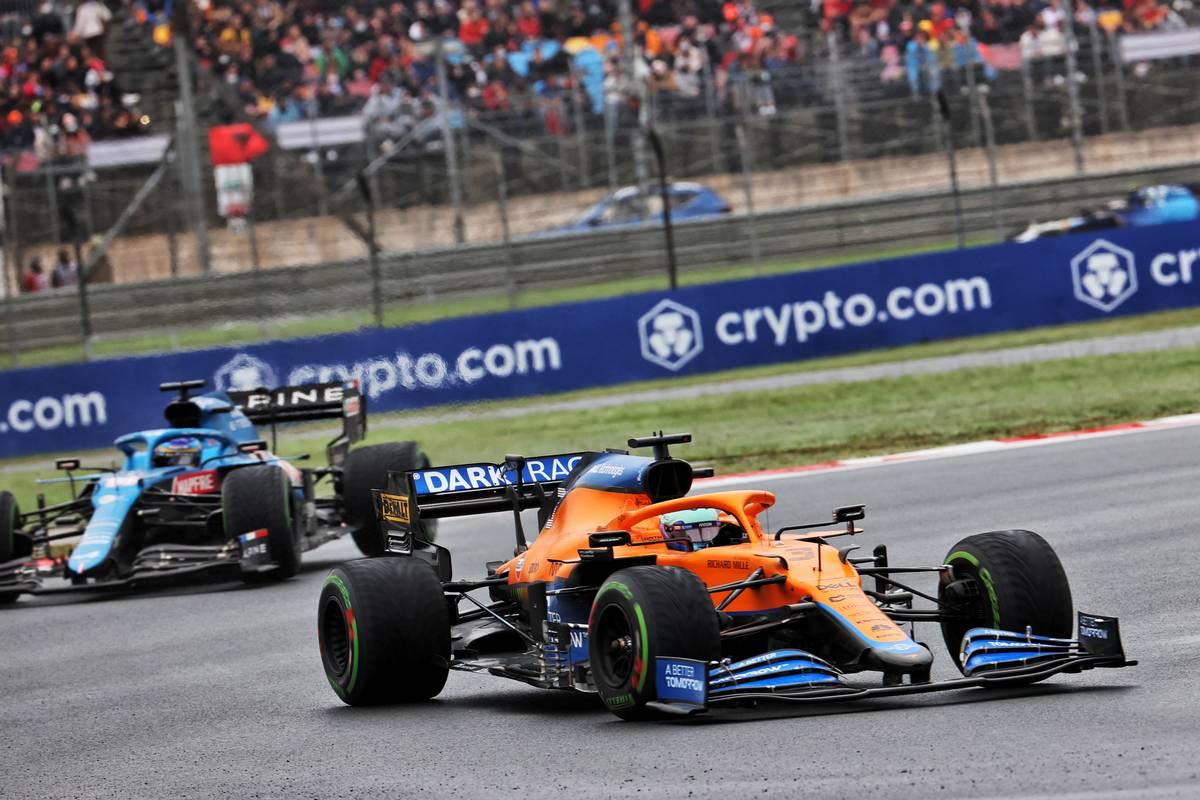 Daniel Ricciardo (AUS) McLaren MCL35M.  10.10.2021.  Campeonato del Mundo de Fórmula 1, Rd 16, Gran Premio de Turquía, Estambul