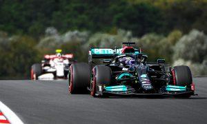 Hamilton leads Verstappen in Turkish GP first practice